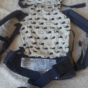 Ergobaby blue with Whales maternity baby carrier